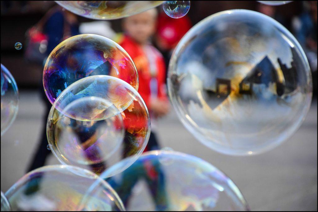Bubbles in La Défense