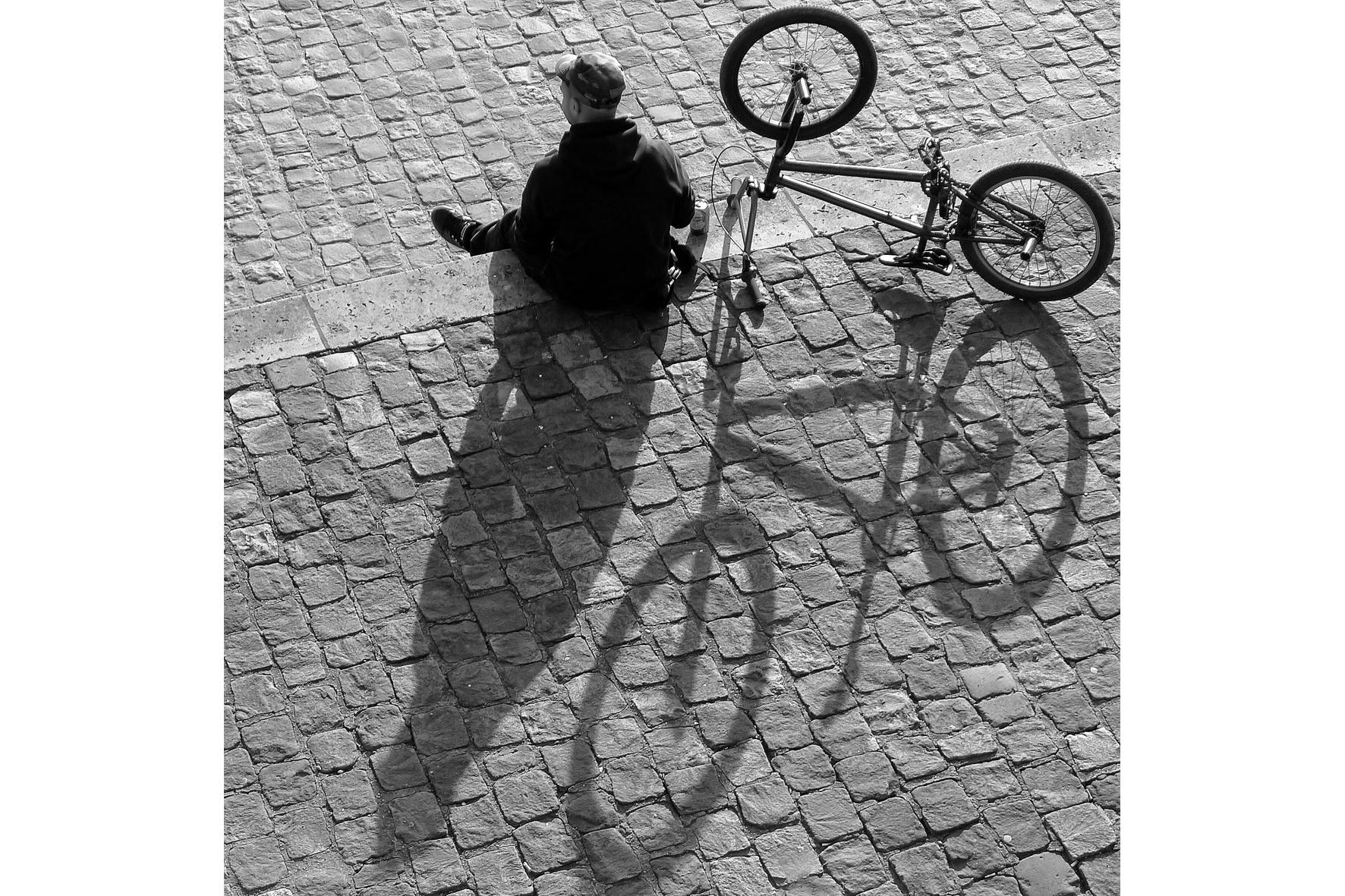 3ème-Prix-du-Public-nb-Jean-pierre-Duroc-Espace-Photo-Ste-Geneviève-des-Bois-Le-cycliste-M