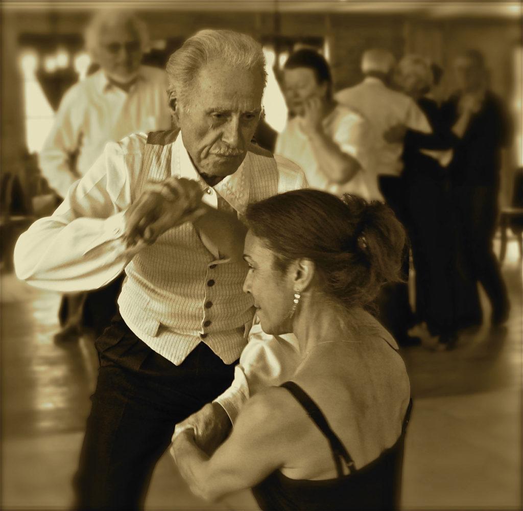 """Caracena Himalaya / Focale 91 Villiers - """"leçon de tango"""""""