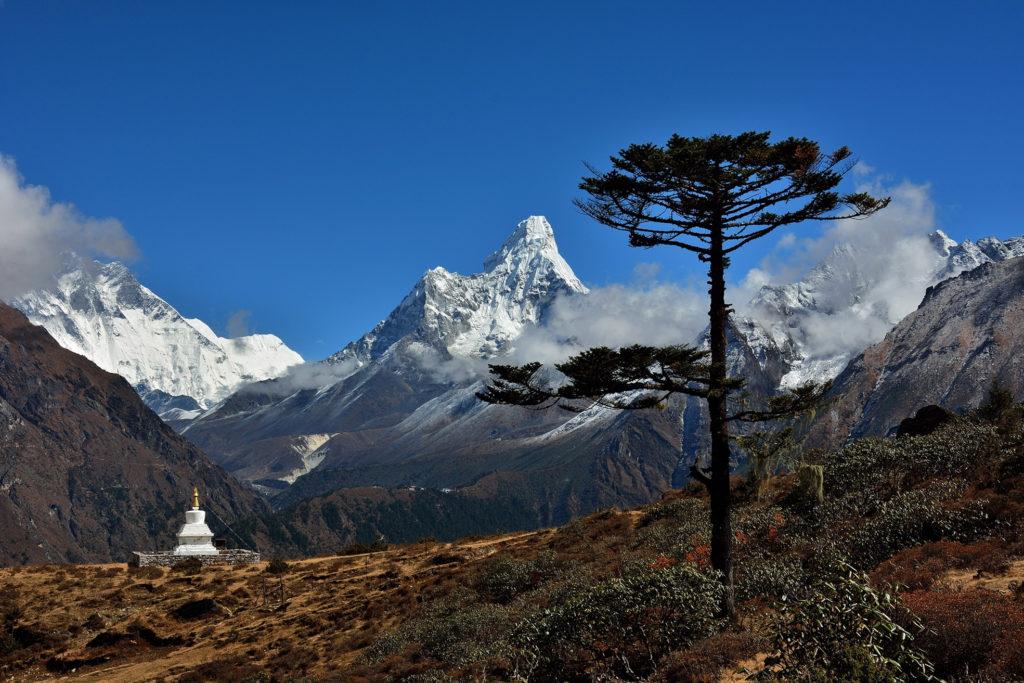 6ème  avec 48 points : Photo club Champlan / Gérard FILOCHE - « Kunde, Népal »