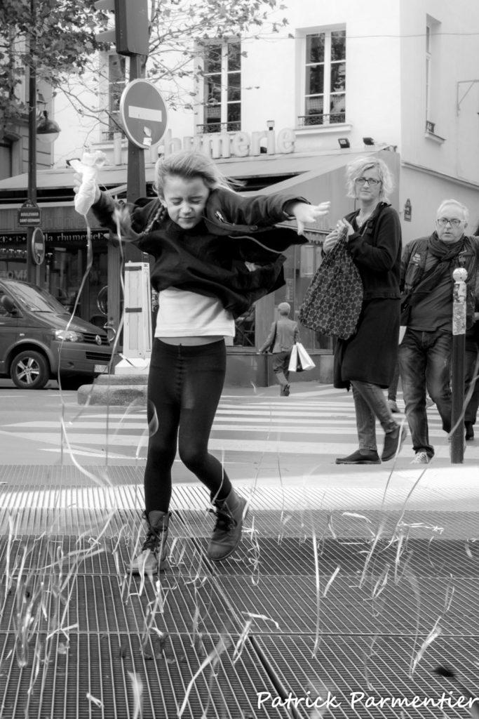 « La danse des serpentins » Patrick PARMENTIER (Objectif photo MJC SGdB)